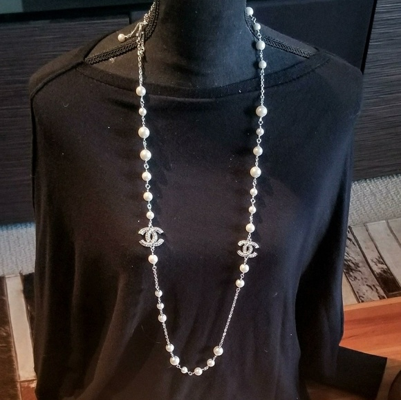 CHANEL Jewelry - Chanel pearl LONG silver necklace